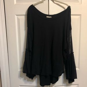 Free People wide boatneck tee w/bell sleeves